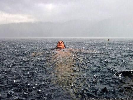 nadando_na_chuva
