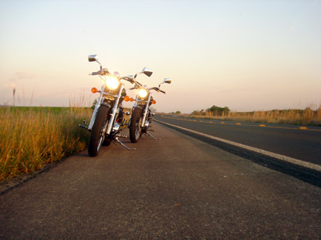 Andando de moto quase pelada 1 3