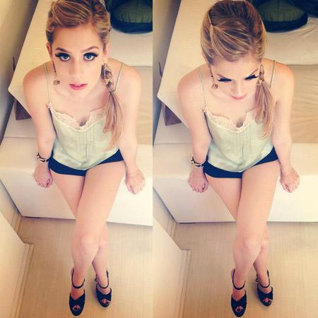 Sophia_Abrahao-15