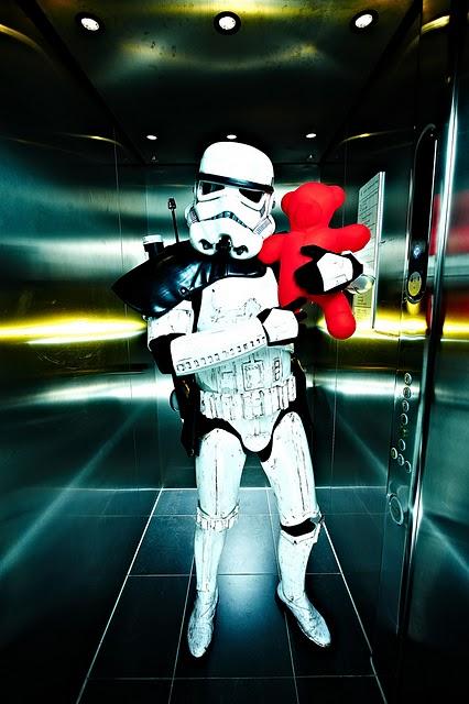 stormtrooper-hug