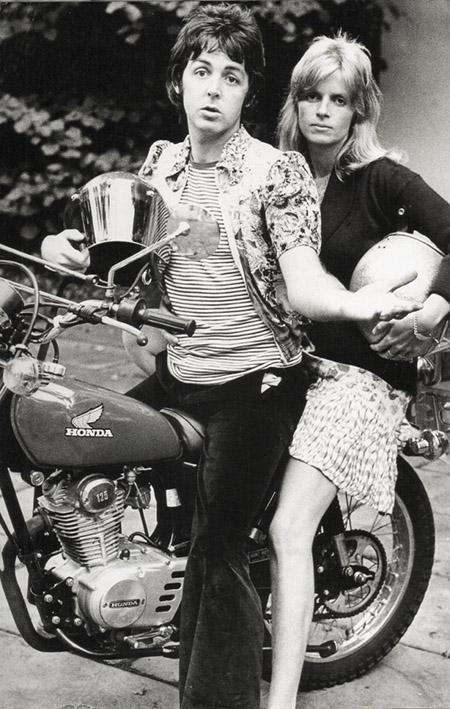 paul-linda-mccartney-honda-motorcycle