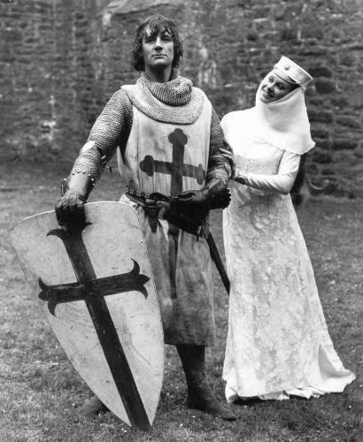 Monty-Python-Holy-Grail_02