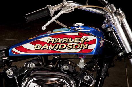 Harley-Davidson-XL1000-Evel-Knievel-Custom_03pp