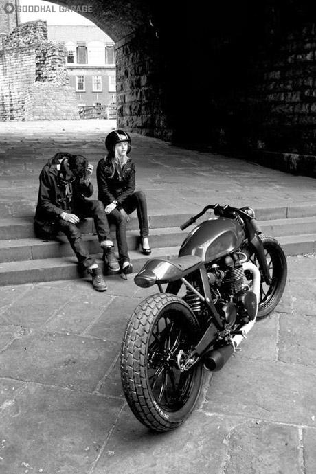 bikegirl_250