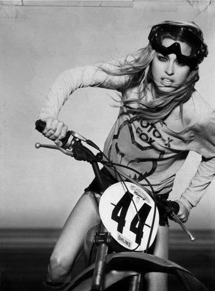 bikegirl_305
