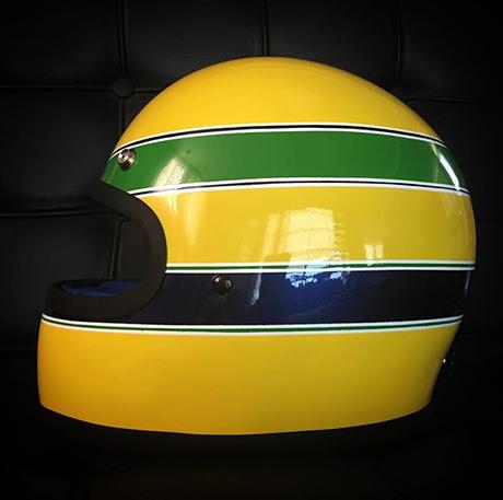 capacetes_100