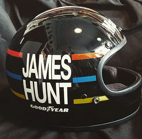 capacetes_1002