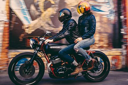passageira_moto1234