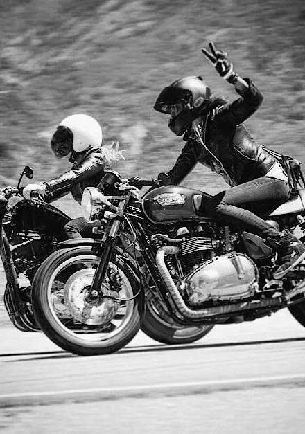 bikegirl_384