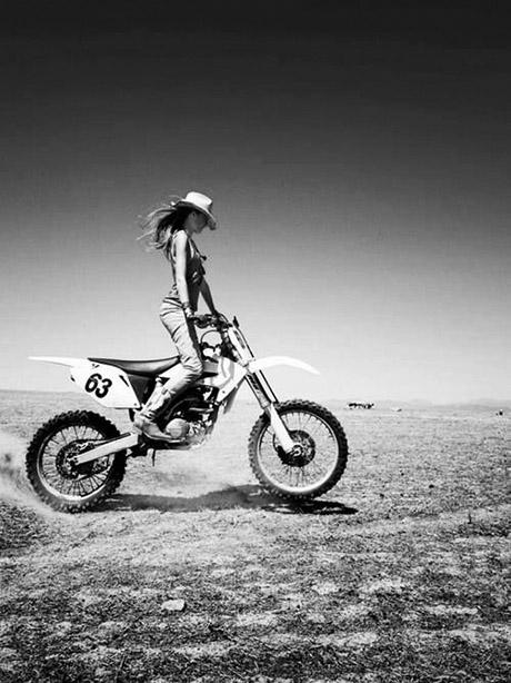 bikegirl_386