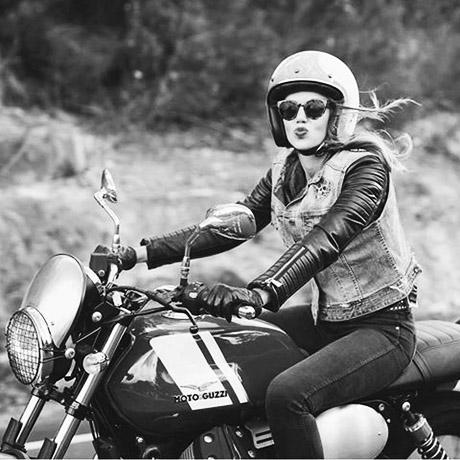 bikegirl_570