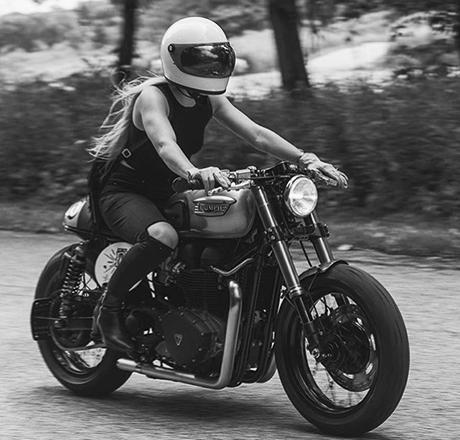 bikegirl_650