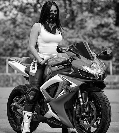 bikegirl_509