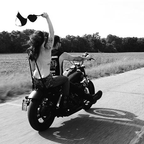 bikegirl_548