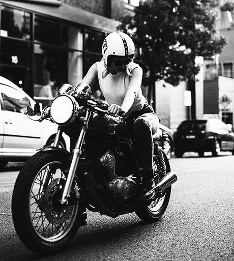 bikegirl_576